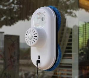 pourquoi choisir un robot lave vitres home robots objets connect s et robots domestiques. Black Bedroom Furniture Sets. Home Design Ideas