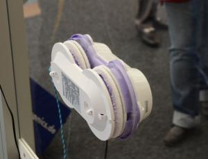 Comment choisir son robot laveur de vitres ? - Home Robots