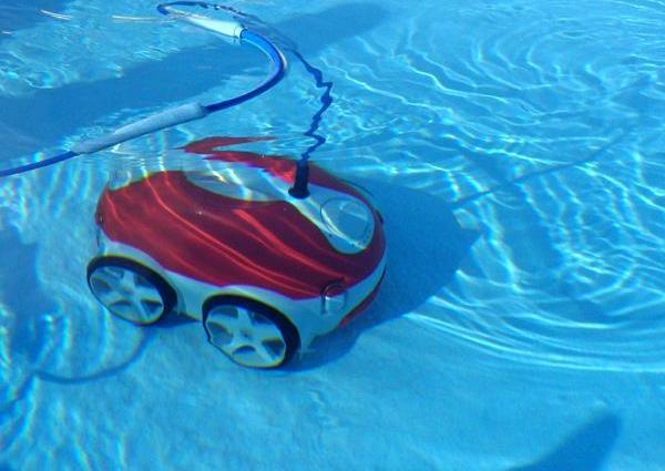 Comment fonctionne un robot piscine ? - Home Robots
