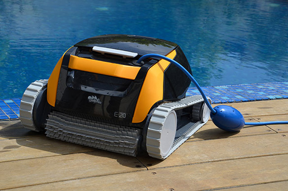 Comment choisir son robot laveur de piscine ? - Home Robots