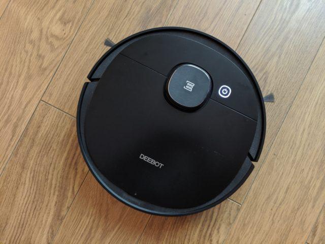 Aspirateur robot Deebot Ozmo 950 : il ne laisse aucune chance à la poussière - Home Robots