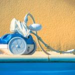 Comment fonctionnent les robots nettoyeurs de piscine ? - Home Robots