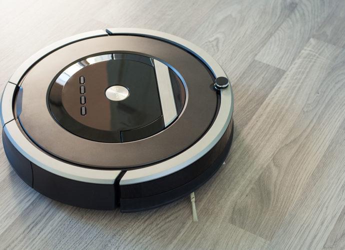 3 aspirateurs robots performants pour votre ménage - Home Robots