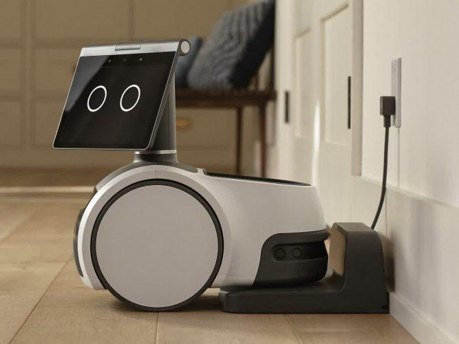 Amazon Astro: le robot qui veut vous aider à la maison - Home Robots